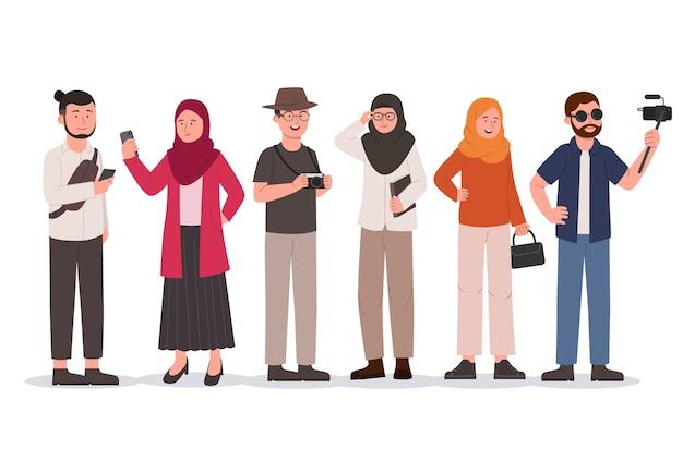 Ensemble, de, jeune groupe, hipster, homme, et, hijab, femme, plat, illustration