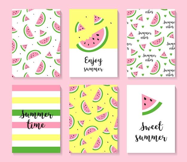 Un ensemble de jolies cartes d'été