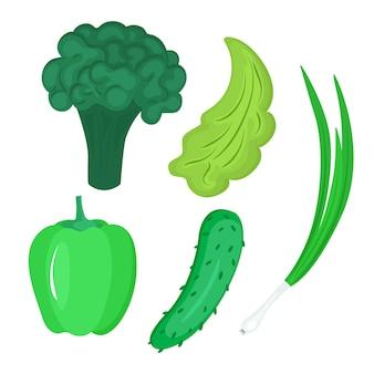 Ensemble de légumes. paprika vert, concombre et brocoli, laitue et oignons