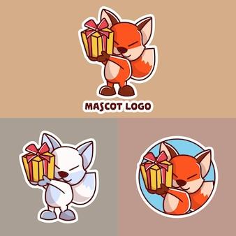 Ensemble de logo de mascotte de renard cadeau mignon