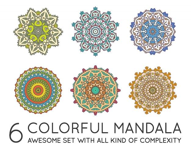 Ensemble de mandala ethnique fractal