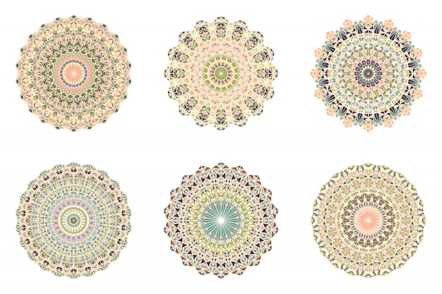 Ensemble de mandala d'ornement géométrique abstrait géométrique rond mosaïque ronde