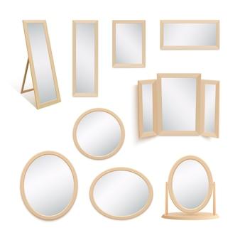 Ensemble de miroirs sur fond blanc.