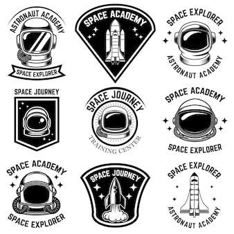 Ensemble de modèles d'étiquettes de camp spatial. élément de design pour logo, étiquette, signe, affiche, t-shirt.