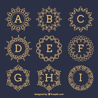Ensemble de monogrammes vintage dorés