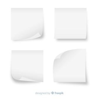 Ensemble de notes autocollantes blanches dans un style réaliste