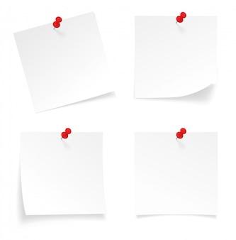 Ensemble de notes rélystiques stick note isolé