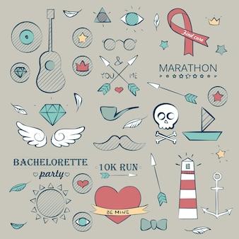 Ensemble d'objets dessinés à la main marine doodle. objets de vacances de mer et d'été. musique, étoiles et coeurs
