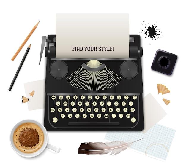 Ensemble d'objets de littérature réaliste de l'écrivain vue de dessus sur blanc