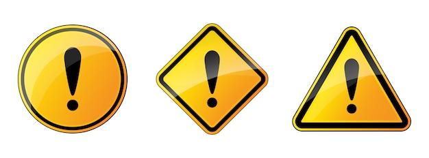 Ensemble de panneaux d'avertissement. danger isolé. illustration. point d'exclamation