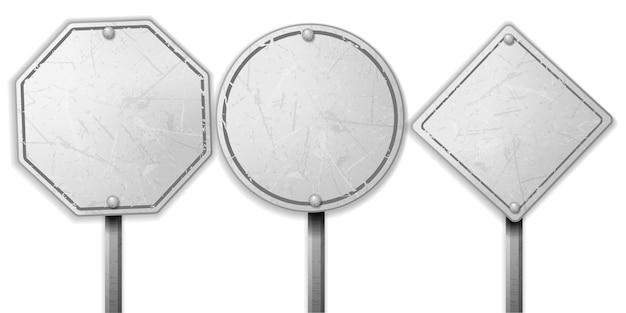 Ensemble de panneaux de signalisation blanc rugueux vintage