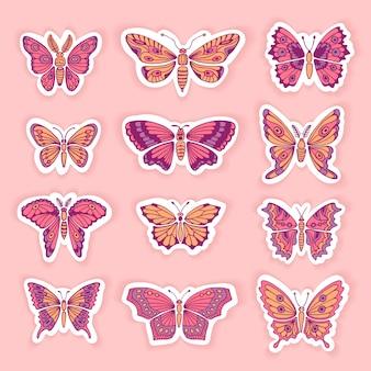 Ensemble de papillons décoratifs silhouettes isolées en vecteur