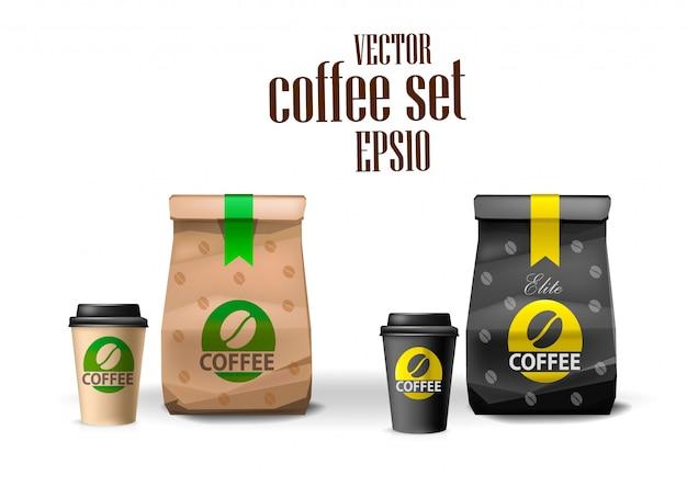 Ensemble de paquet de sac de nourriture en papier brun et noir de café et tasse de café. modèle d'emballage.