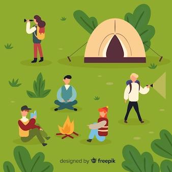Ensemble de personnes camping design plat