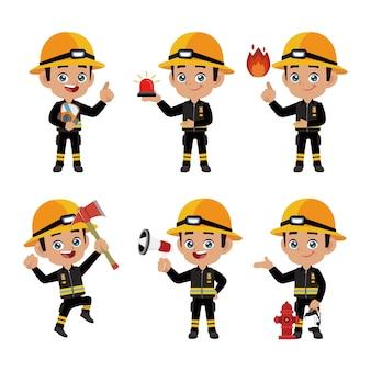 Ensemble de pompier avec des poses différentes