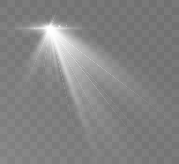Ensemble de projecteurs isolé sur fond transparent effet de lumière rougeoyante de vecteur avec des rayons dorés