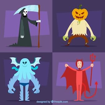 Ensemble de quatre personnages épouvantables de halloween