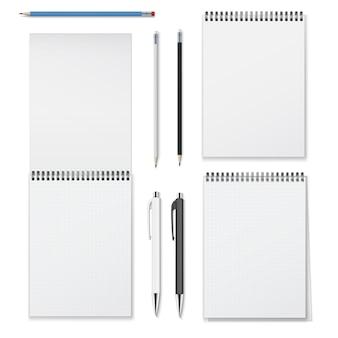 Ensemble réaliste de cahiers à spirale verticale ouverts fermés et instruments d'écriture tels que des crayons et des stylos.