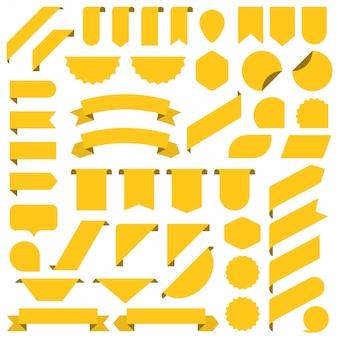 Ensemble de ruban de bannières vierges jaunes.