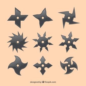 Ensemble traditionnel d'étoiles ninja avec un design plat