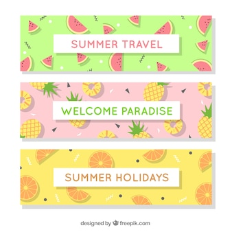 Ensemble de trois bannières d'été avec une variété de fruits