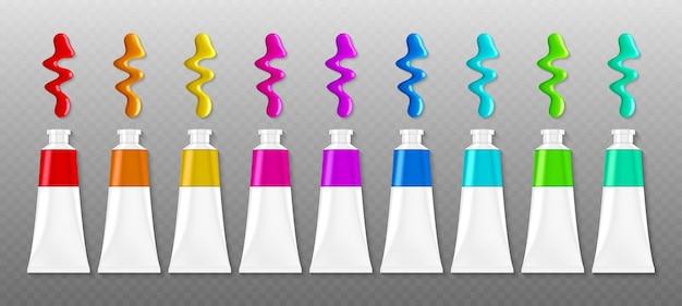 Ensemble de tubes de peintures avec des taches, vue de dessus