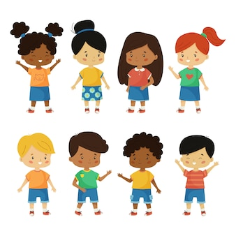 Ensemble de vecteur d'enfants heureux. dessin animé d'enfants kawaii de différentes nationalités. garçons et filles de races différentes.