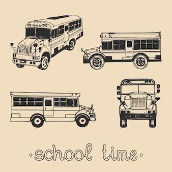 Ensemble de vecteurs de bus scolaire de dessin à la main avec le texte écrit à la main l'expression de l'heure de l'école. contexte de l'éducation des enfants. concept de conception de jour de connaissance.