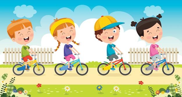 Ensemble de vélos heureux petits enfants