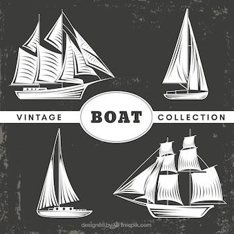 Ensemble vintage de bateaux décoratifs
