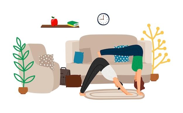 Entraînement à domicile. jeune couple faisant du yoga à la maison.