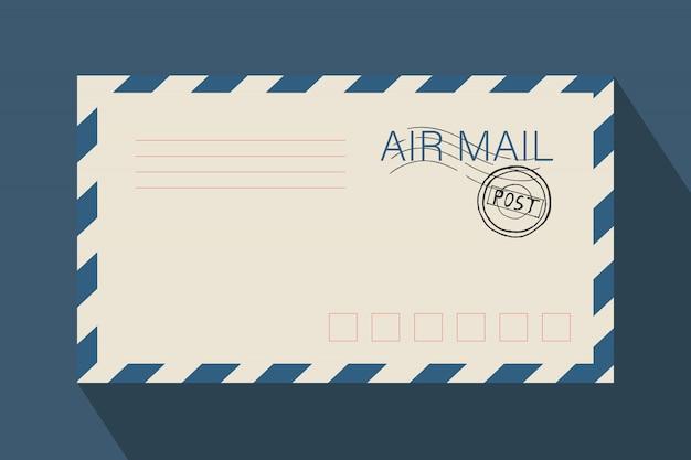 Enveloppe de courrier pour les lettres et l'envoi.