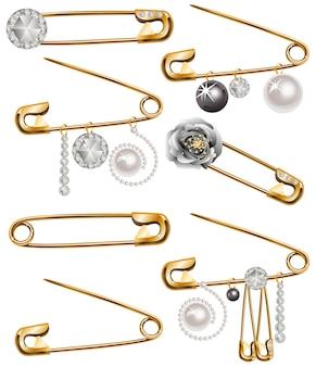 Épingles avec strass et perles.