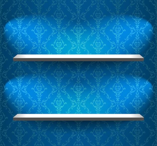 Étagères sur le mur bleu