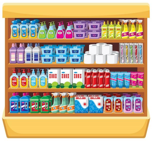 Étagères avec des produits chimiques ménagers.