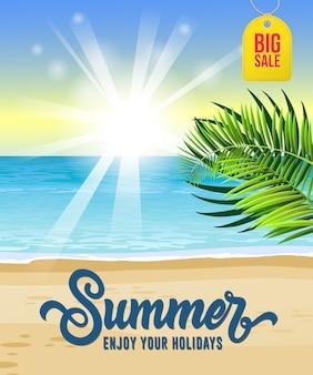 Été profiter de vos vacances, grande affiche de vente avec la mer, plage tropicale, lever du soleil