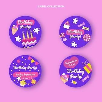 Étiquette et badges d'anniversaire enfantins dessinés à la main