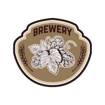 Étiquette de bière vintage avec houblon.