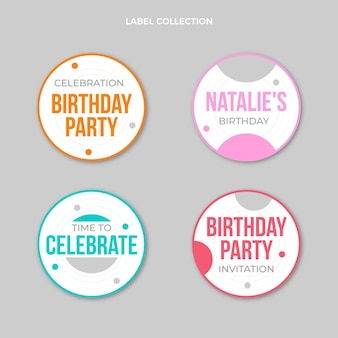 Étiquettes d'anniversaire minimales design plat
