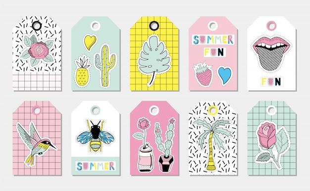 Étiquettes de cadeau d'été avec des taches de tissu.