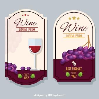Étiquettes de vin avec des raisins décoratifs