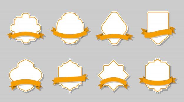 Étiquettes vintage rétro avec cadre et rubans jaunes fixés. bordure vide de forme différente.