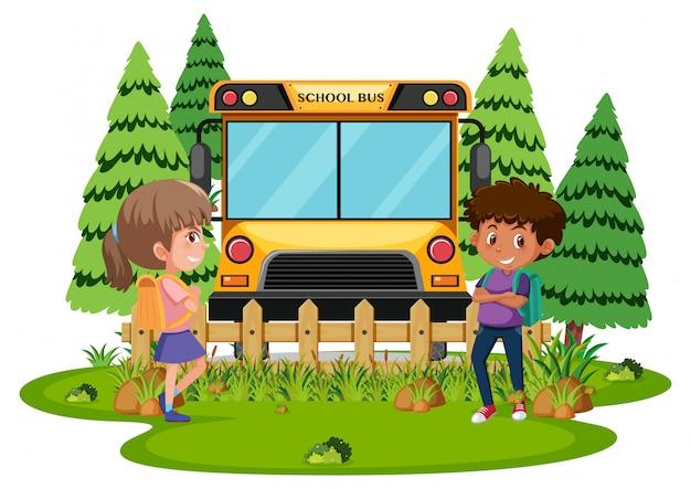 Étudiants en attente de bus scolaire