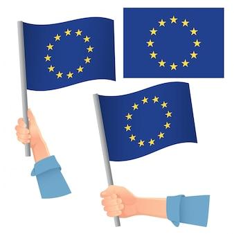 Europe drapeau de l'ue dans la main
