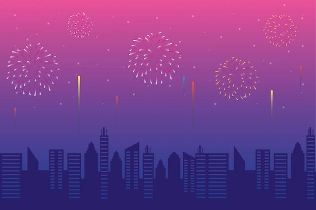 Explosions de feux d'artifice avec paysage urbain au coucher du soleil