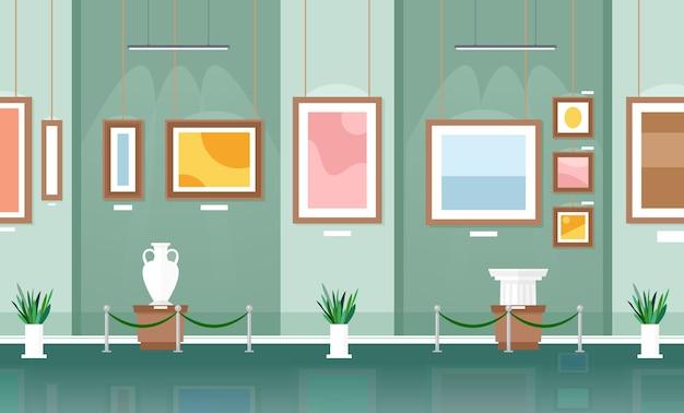 Exposition dans les visiteurs du musée regardant le musée des œuvres d'art classiques