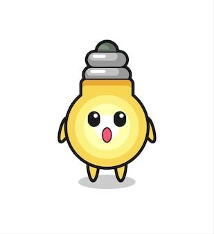 L'expression étonnée du dessin animé de l'ampoule, design de style mignon pour t-shirt, autocollant, élément de logo
