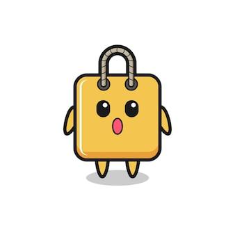 L'expression étonnée du dessin animé de sac à provisions, design de style mignon pour t-shirt, autocollant, élément de logo