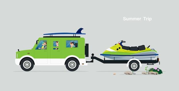 La famille conduit une excursion estivale avec un pousse-pousse en jet ski