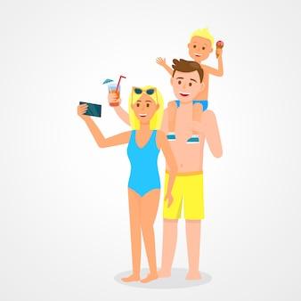 Famille avec enfant en vêtements de plage tenant des cocktails